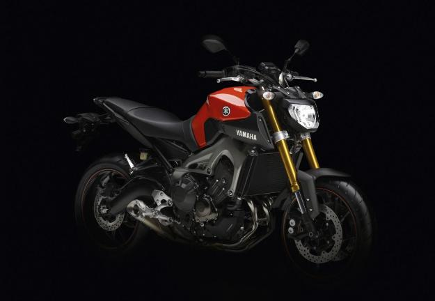 Yamaha MT-09: 3-cylinders for all, finally!