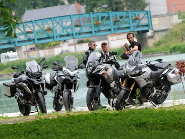 Comparative motorcycles Aprilia Caponord 1200 vs BMW R1200GS vs Ducati Multistrada 1200 S vs KTM 1190 Adventure