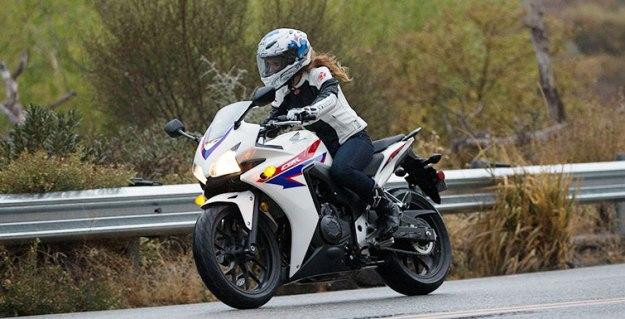Comparative motorbikes Honda CBR 500 R vs. Kawasaki Ninja 300: Tiny fight-club