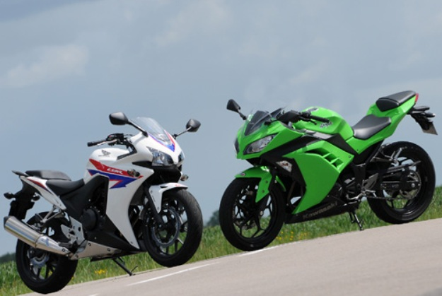 Comparative motorbikes Honda CBR 500 R vs. Kawasaki Ninja 300: Tiny fight-club