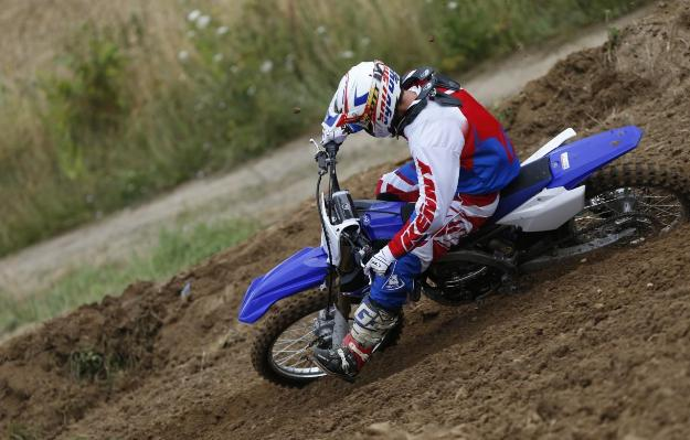 Test Yamaha YZ250F 2014: New Generation Force Blue!