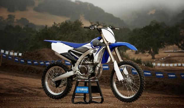Test Yamaha YZ250F 2014: New Generation Force Blue!
