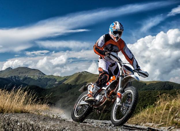 Test KTM Freeride 250 R 2014: the easy 2-stroke enduro... 3 movements!