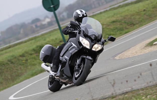 Yamaha FJR 1300 AE Review: The right balance