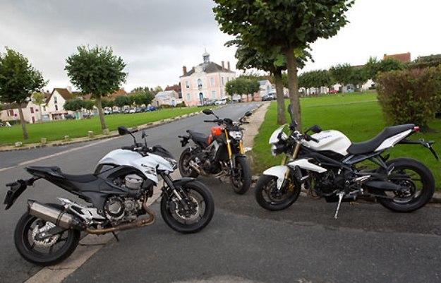 Yamaha MT-09 Vs Triumph Street Triple Vs Kawasaki Z800