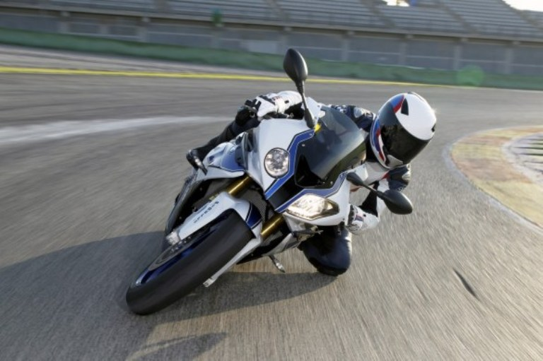 BMW S1000RR Wallpapers: fastest bike in the world