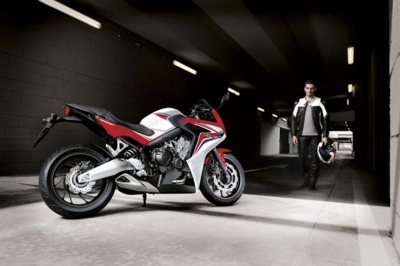 Motorcycle News 2014: Honda CB650F Hornet post!