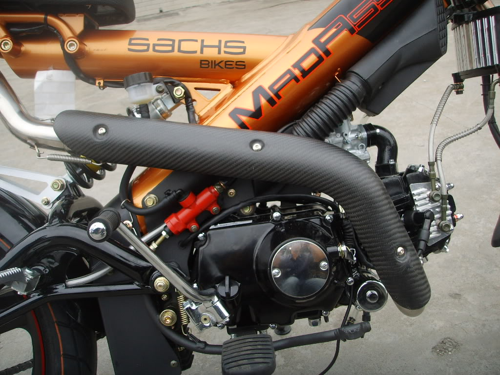 MadAss Carbon fibre cover for exhaust pipe (1024 × 768)