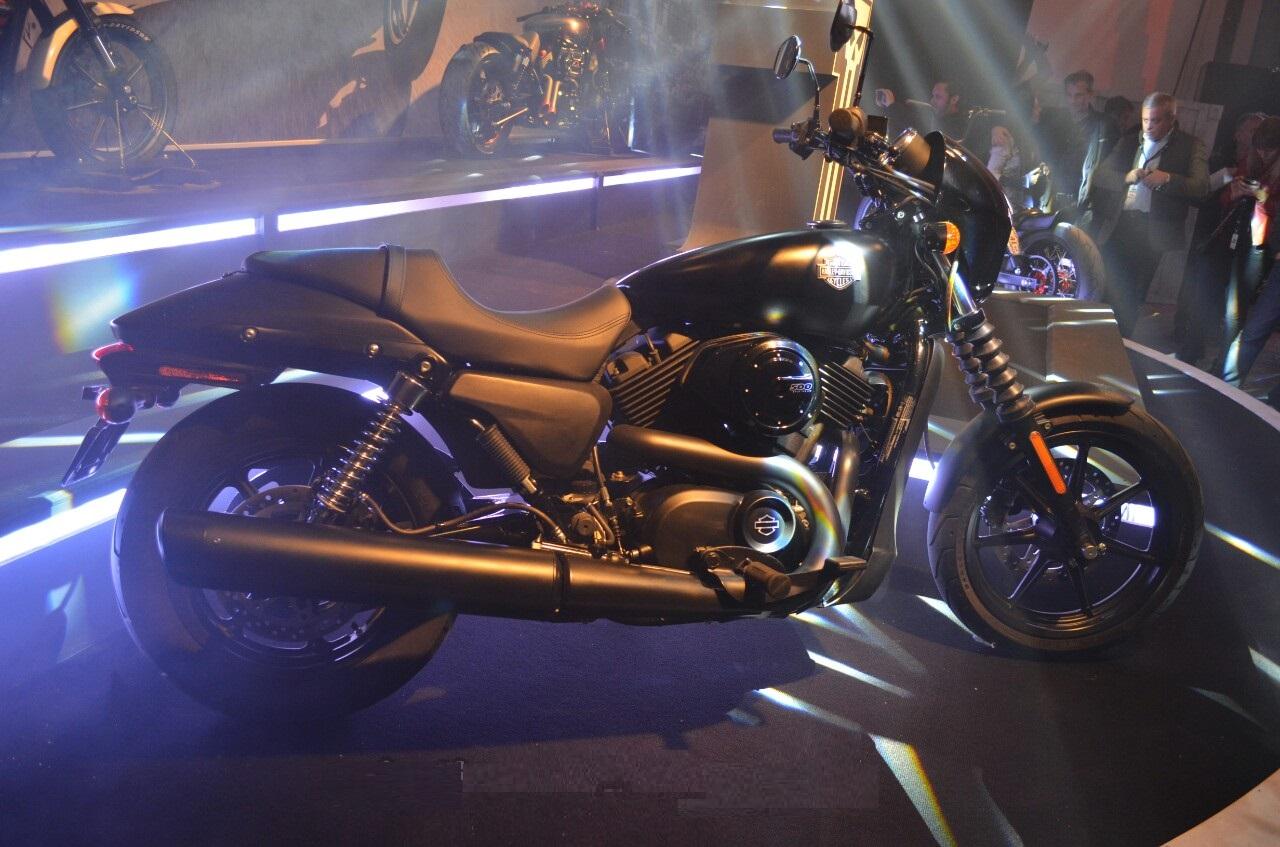 Harley-Davidson Street 500 at showroom Wallpaper (1280 × 847)