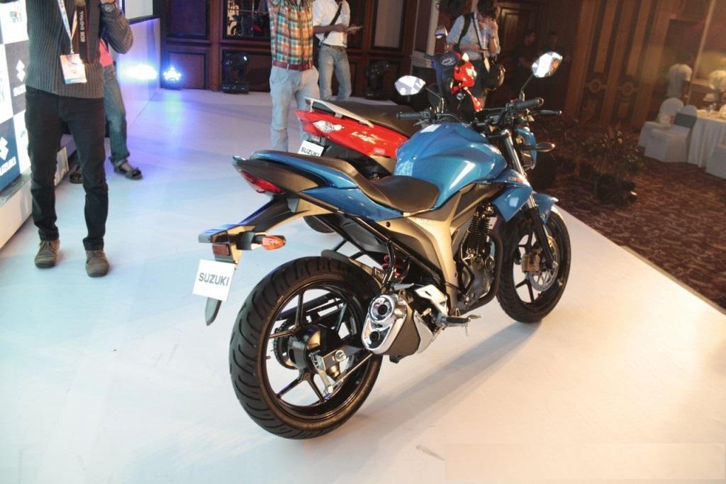 Suzuki Gixxer 155cc back side picture (1024 × 768)