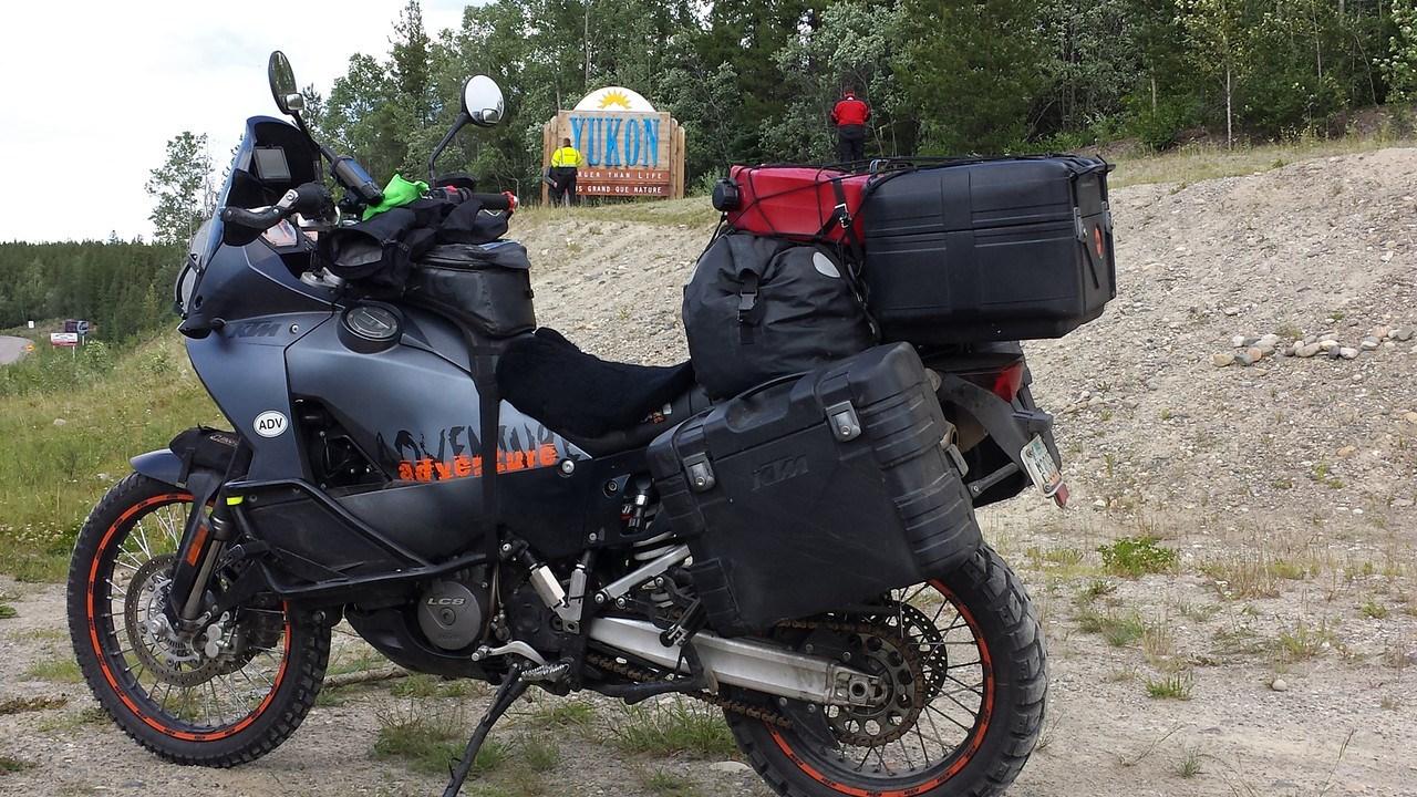 KTM 990 Baja Adventure Edition (1280 × 720)