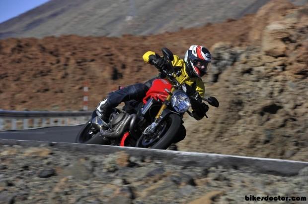 Motos serieplus Ducati Monster 1200 S drive  Wallpaper (1280x852)