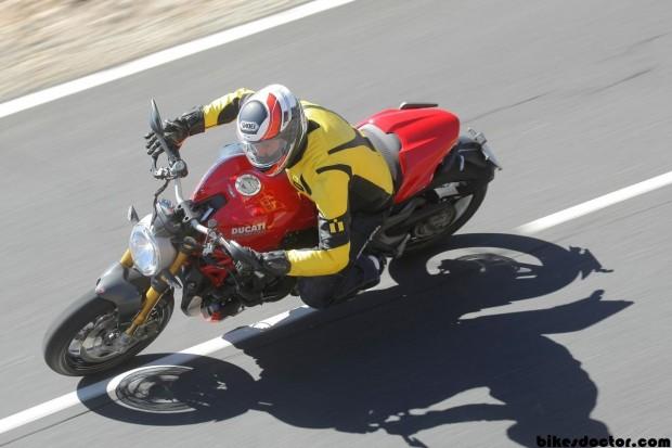 serieplus Ducati Monster on road 1200 S Wallpaper (1280x853)