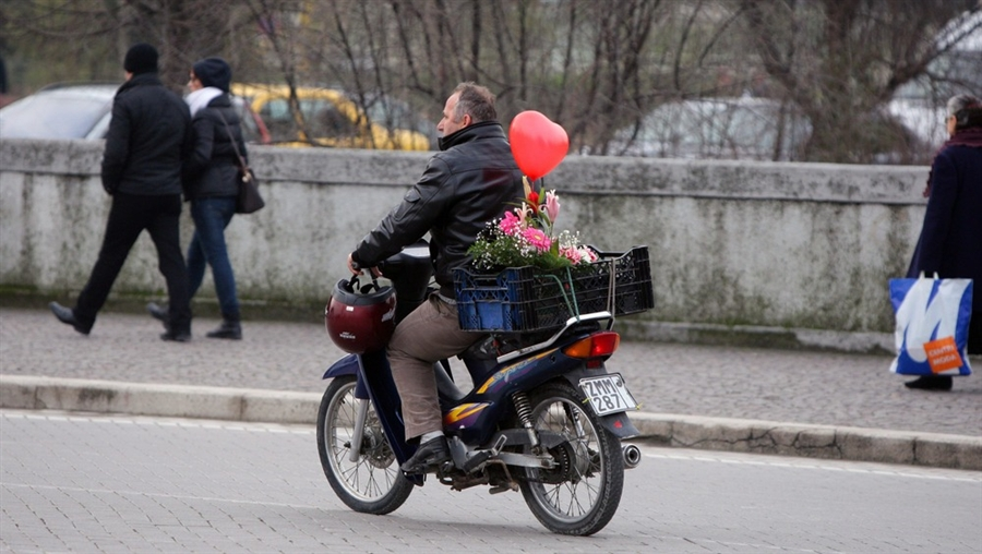 Valentines Flowers ride picture (900 × 508)