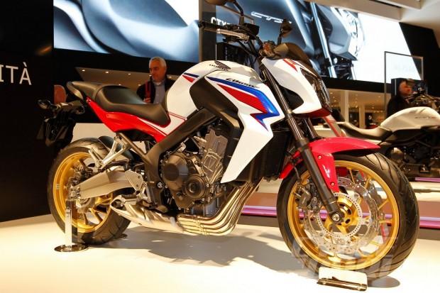2014-Honda-CB650F-EICMA_05 (1152 × 768)
