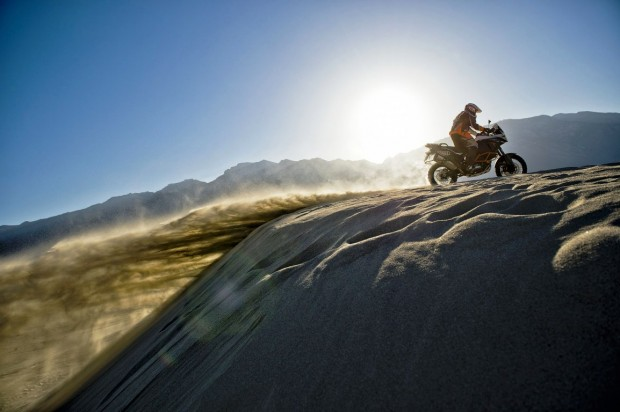 KTM 1190 Adventure 2014 R  wallpaper (1154x768)