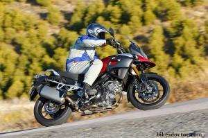 Suzuki DL 1000 V-Strom comparative vs Kawasaki Versys 1000