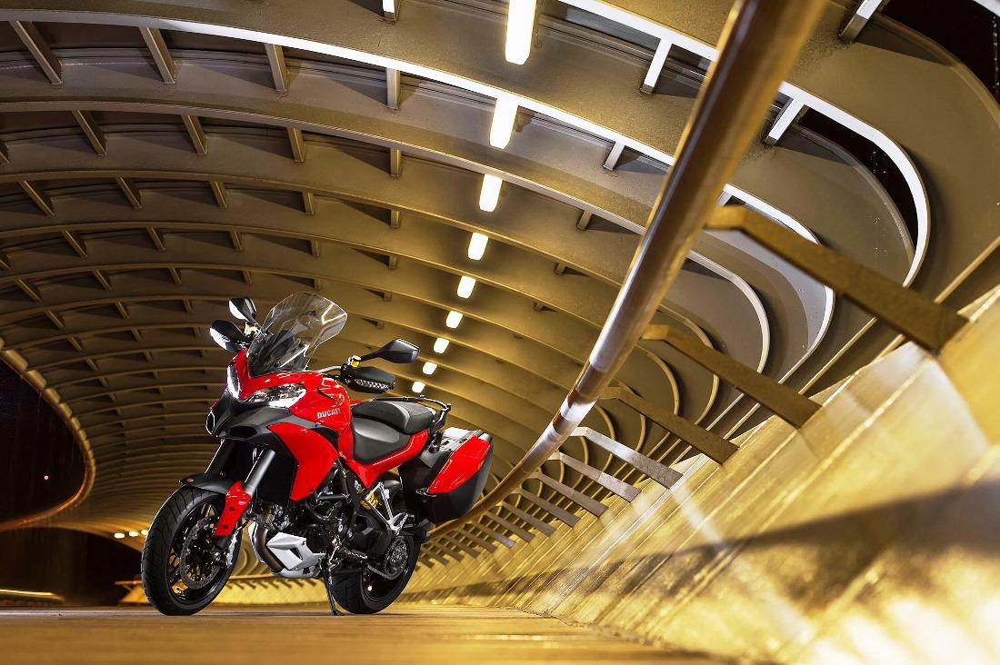 Ducati Multistrada 1200 S Touring D air 2014