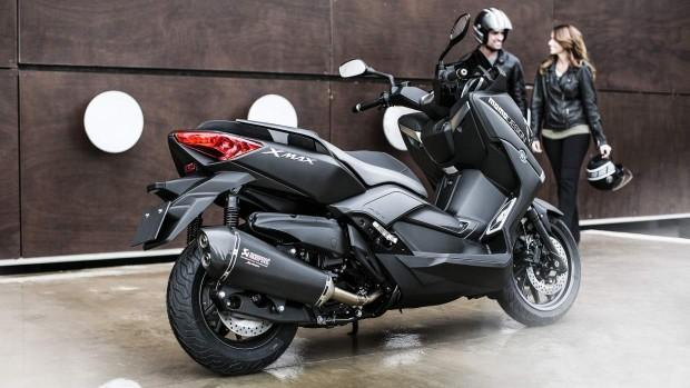 Yamaha X MAX 400 MOMO 2014 EU Power Black Static