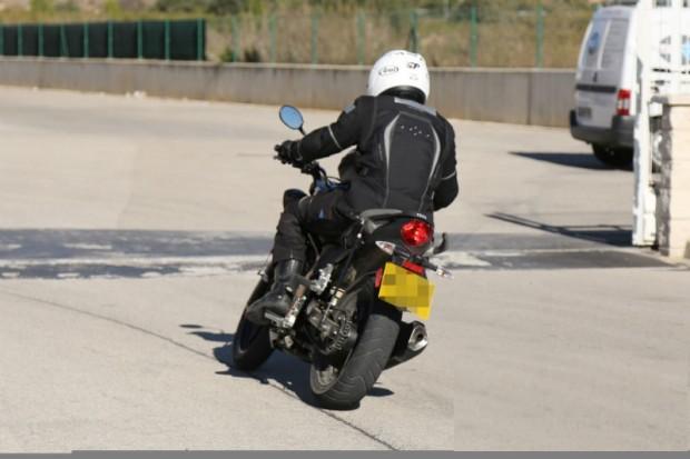 triumph moto  250cc sport bike picture (800 × 533)