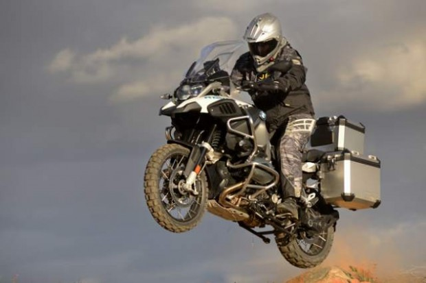 bmw r 1200 gs adventure jumping style