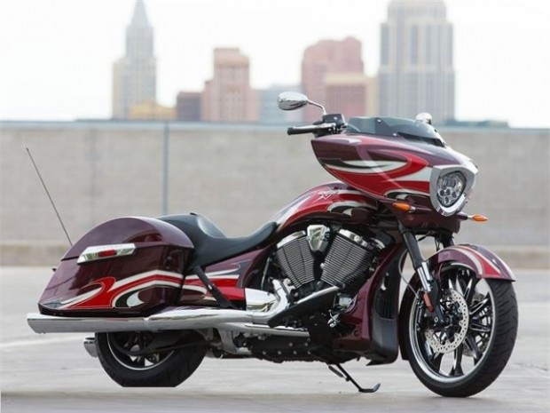 Victory Magnum 2015 First Ride