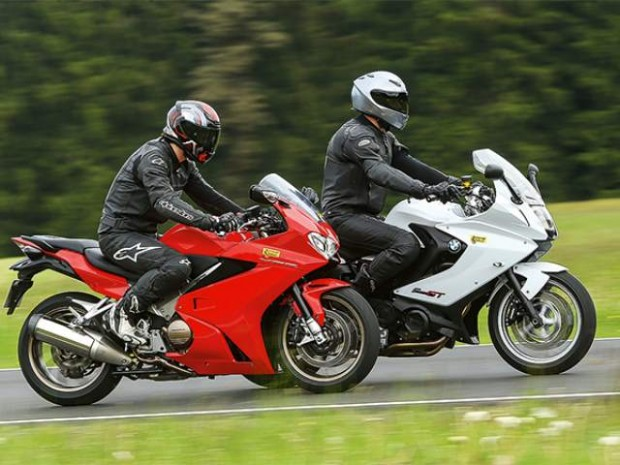 bmw-f800gt-vs-honda-vfr800f-test-620x465.jpg