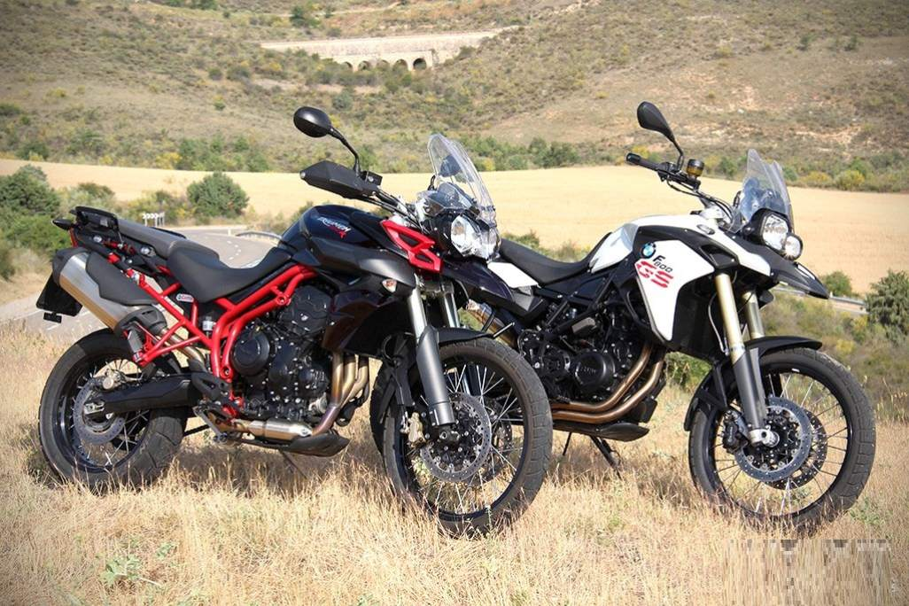 BMW F800GS vs Triumph Tiger 800XC