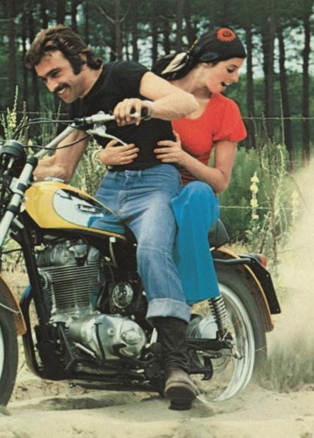 Franco y Elvira at Ducati Scrambler in 1962