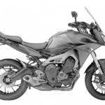 Yamaha MT-09 Skims the Road