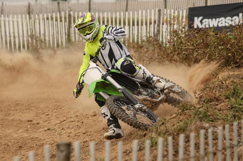 Kawasaki KX 250 F2015 Test as A Play Bike race hard drive