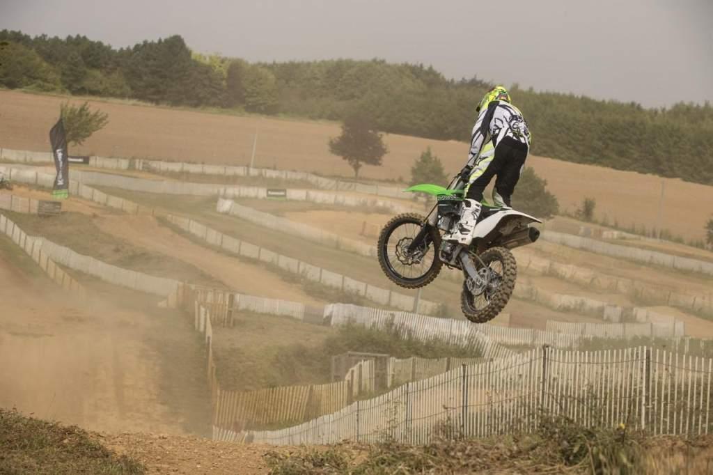 Kawasaki KX 450 F 2015 Test about Strength and Pleasure