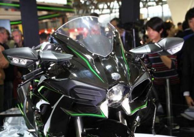 News bike 2015 EICMA: Kawasaki H2 Road Birth of the 3rd Type