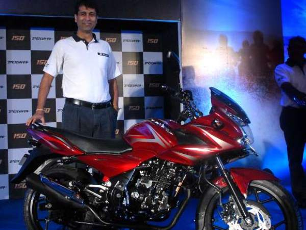 Bajaj Trains Arms in Hero Honda