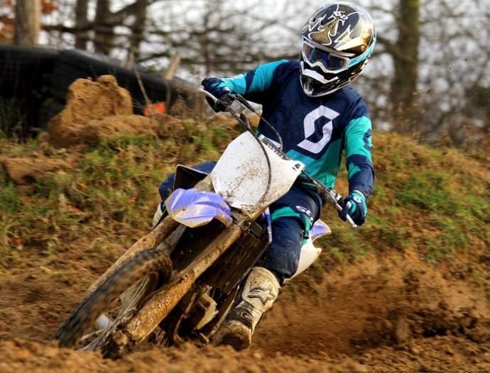 Yamaha YZ 125 2015 Test