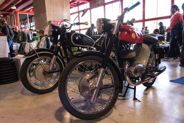 Classic Motorcycles in Classic Auto Madrid