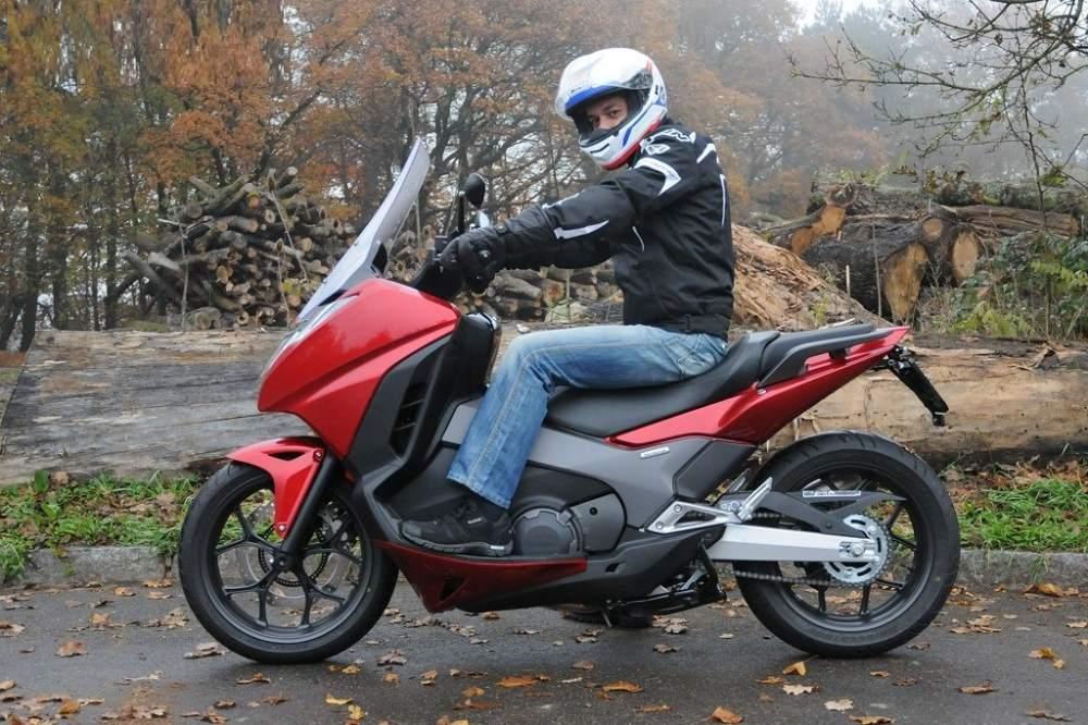 NC750D The Maxi-trial Sccoter