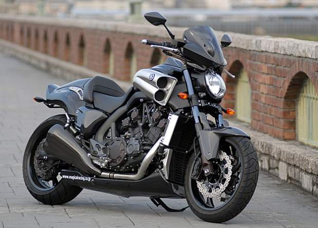 Yamaha VMax Carbon a Special Edition On 30th Anniversary