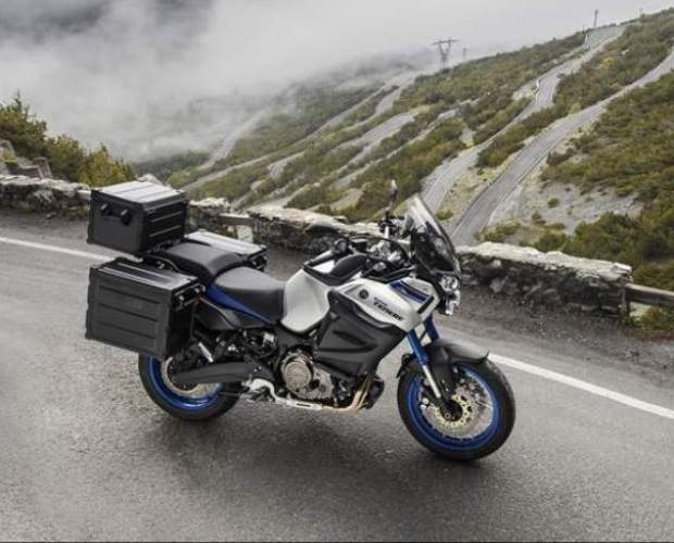 Yamaha XT1200ZE Super Tenere Motorcycle 2015