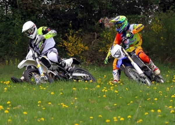 Yamaha Motorcycles WR250F vs Husqvarna 250 FE 2015 Comparison