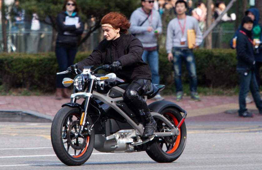 Harley davidson in filem Avengers Age of Ultron