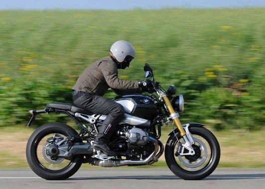 Comparison BMW NINET vs Ducati Scrambler Motorcycles