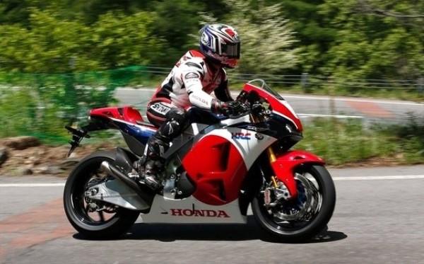 Honda RC213V-S at Hillclimb in Japan