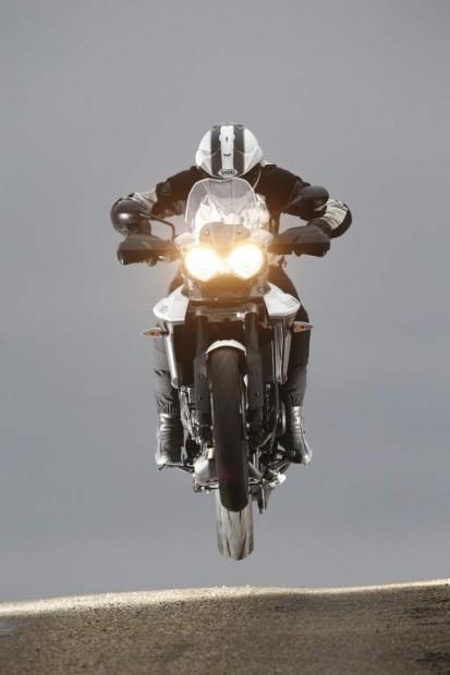 Comparison between Yamaha MT-09 Tracer / Triumph Tiger 800 XRx / Honda VFR 800 X Crossrunner