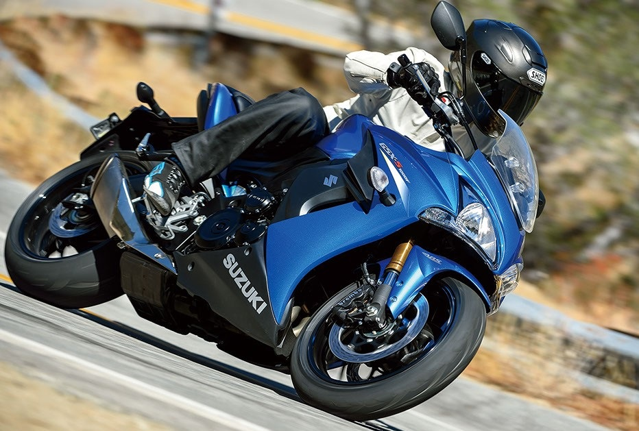 Suzuki GSX-S1000F the Best Suzuki Roadster