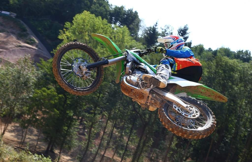 Kawasaki KX 450 F 2016 Green Smoothness Test