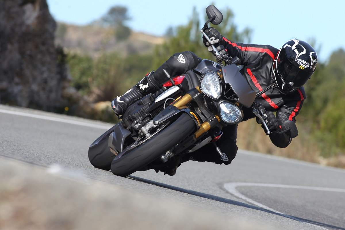 Triumph Speed Triple Test by Thomas Chignac