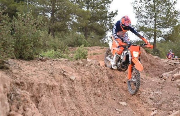 KTM 350 EXC-F Displacement Test in 2017