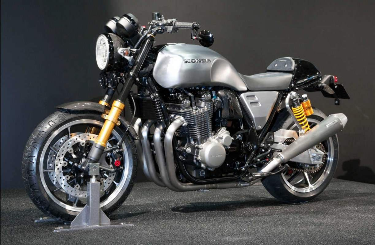 Honda CB Neo-retro Concept in Osaka
