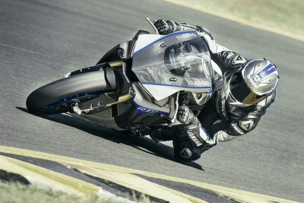 Yamaha YZF-R 1 MRacingExperience 2017